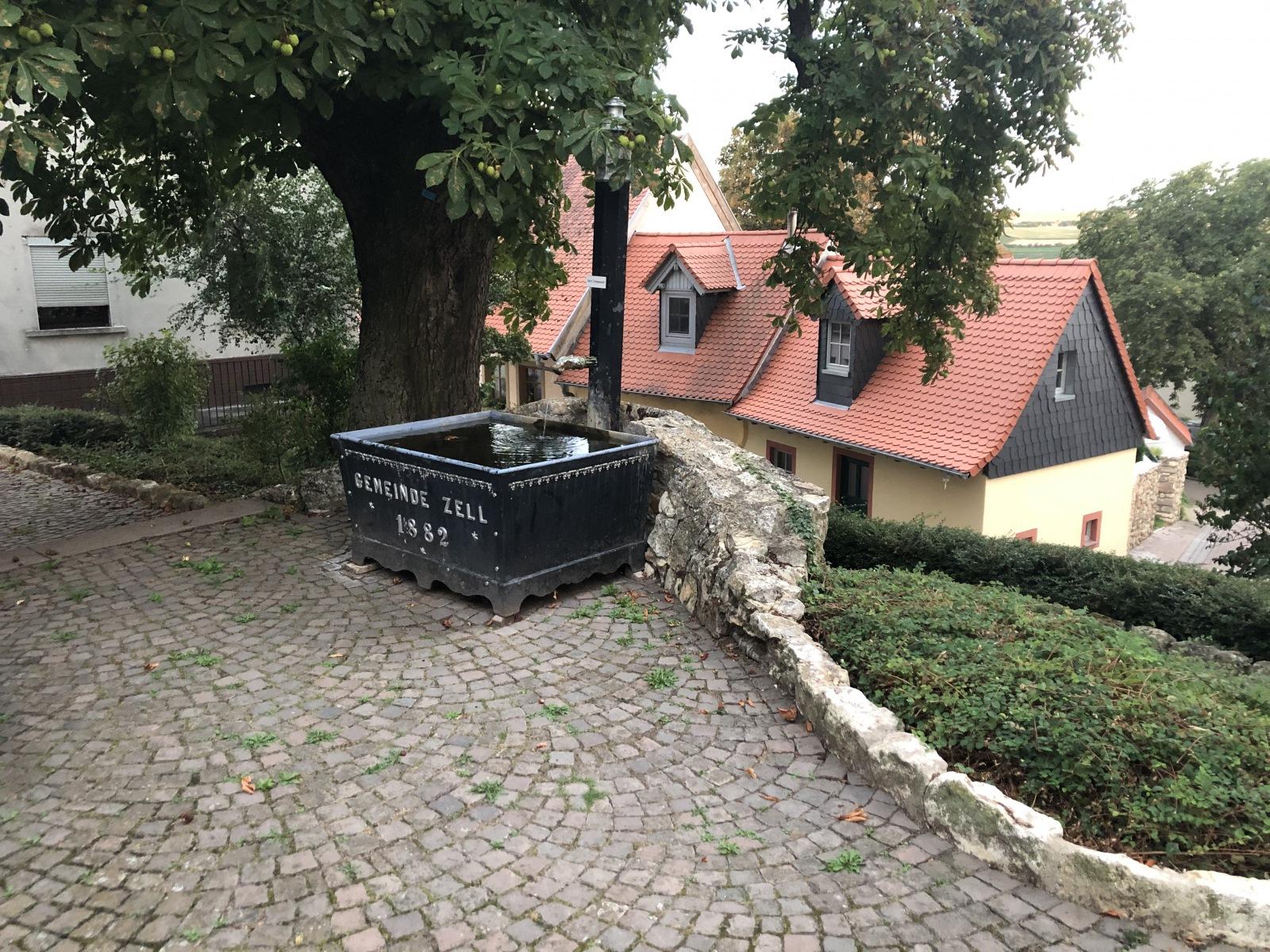 Zeller Brunnen 2