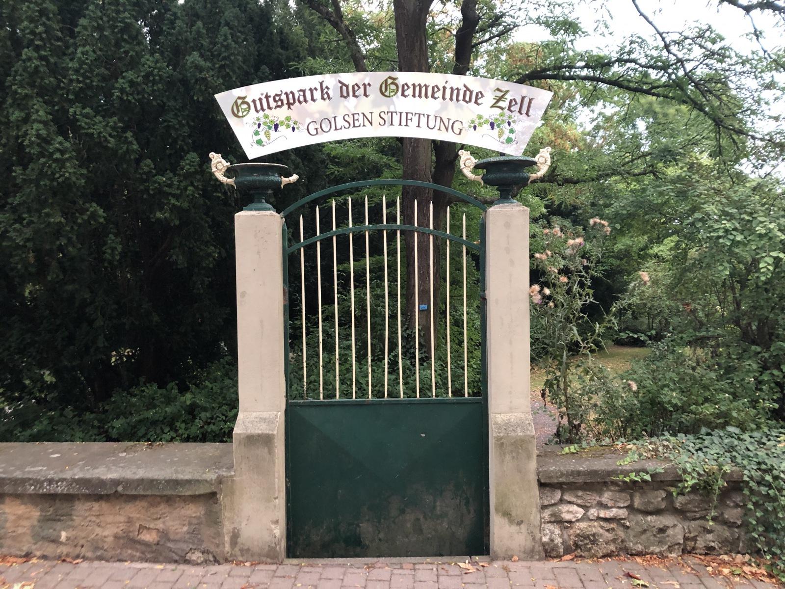 Zeller Golsenpark - Eingangstor